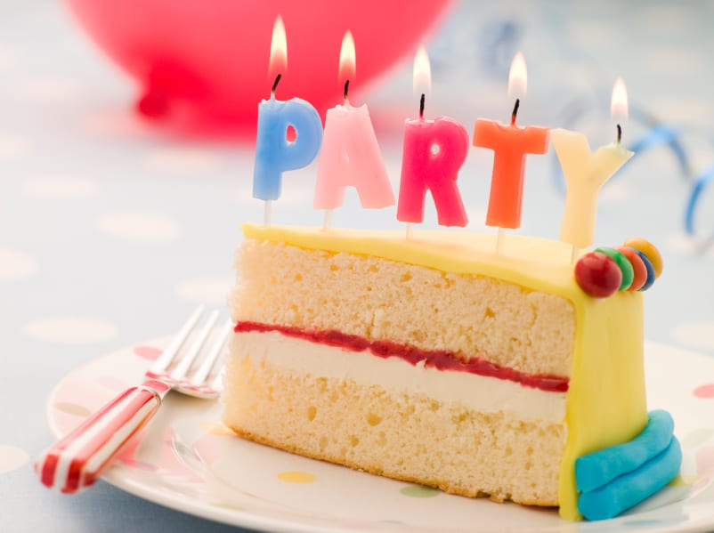 Fun Sciences 10 Top Tips For Organising Your Childs Birthday Party Candles On A Slice Of Cake